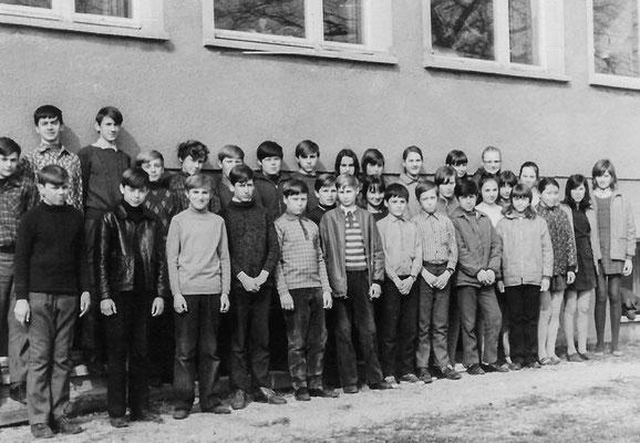 (0571) Schüler 1972
