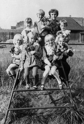 (0442) im Kindergarten, um 1970