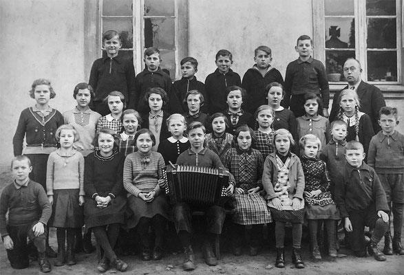 (0131) Schulklasse, um 1934