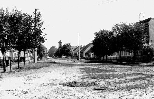 (0215) Dorfstraße, 1970er Jahre