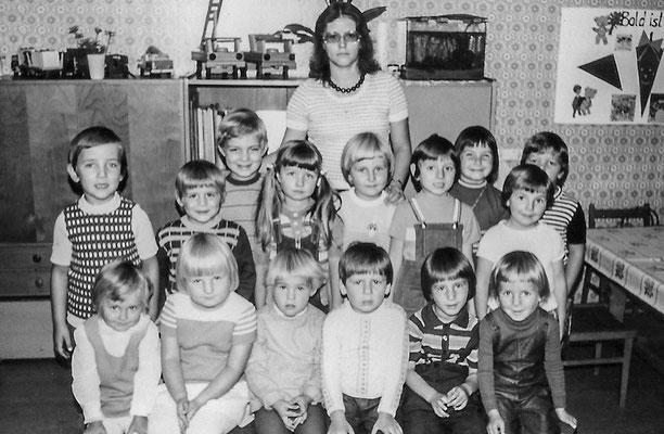 (450) im Kindergarten, um 1975