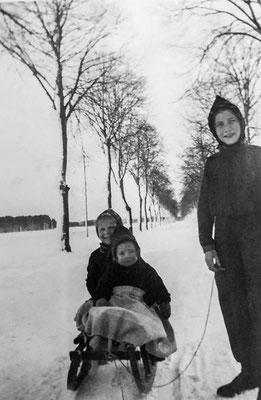 (0012) Döllner Chaussee, 1942