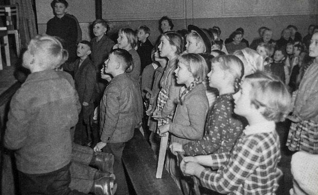 (0022) Programm des Kindergartens in der Gaststätte Ney, um 1960