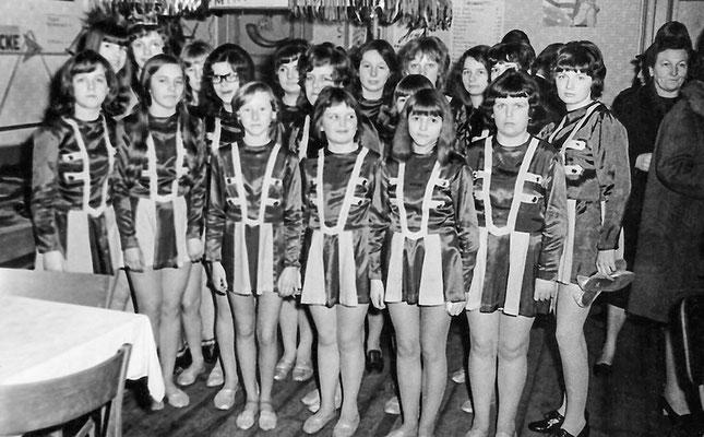 """(0051) Fasching im """"Mittelpunkt""""; Prinzessin: Angelika Schlüter; nach 1972"""