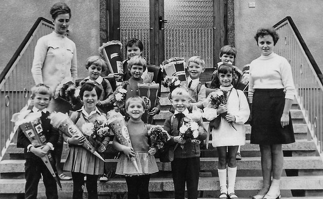 (0466) Schulanfänger aus Kurtschlag, 1969
