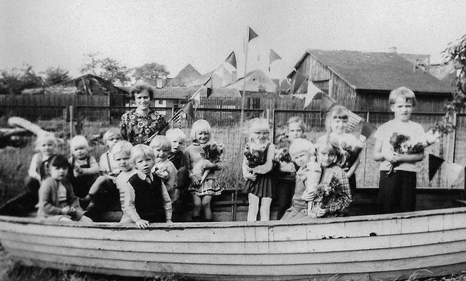 (0441) im Kindergarten, um 1970