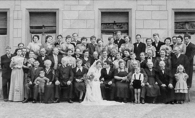 (0003) Hochzeit Werner Menzel und Erika Regling, 1955