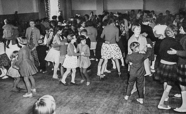 (0358) in der Gaststätte Ney, um 1967