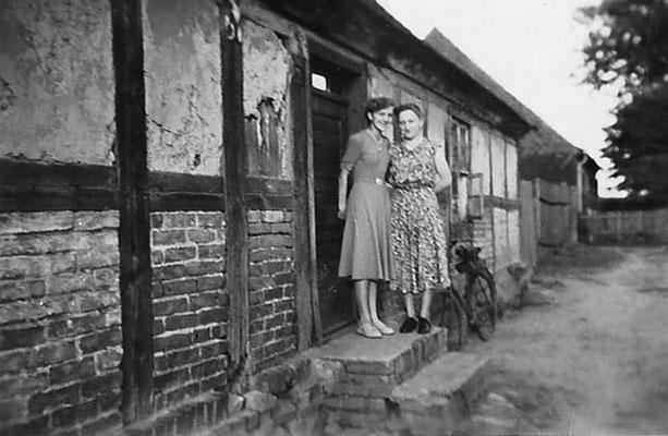 (0657) Neuer Kietz 11 (?) (im Hintergrund das ehemalige Haus der Familie Kotz) , Jahr unbekannt