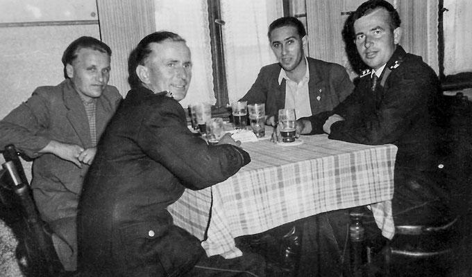 (0321) Kameradschaftsabend der Feuerwehr in der Gaststätte, Ende der 1950er Jahre