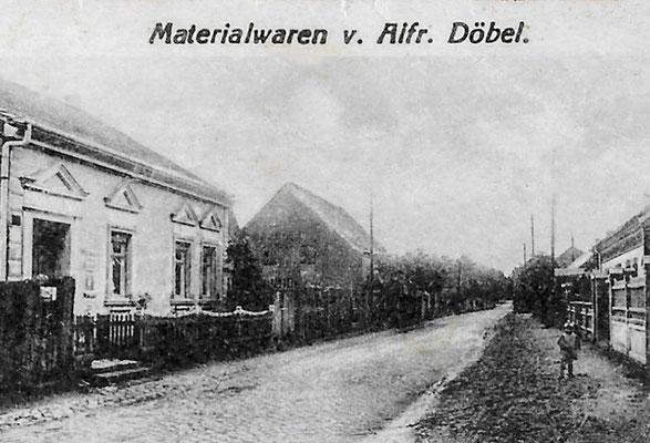 (184/2) Materialwaren Alfred Döbel, 1914; dahinter das Haus von Wilhelm Bracklow, erbaut 1894