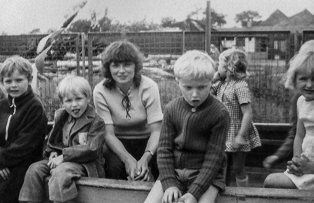 (0445) Kinder, um 1980