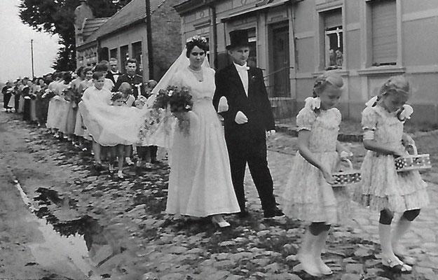 (0384) Hochzeit Siegfried Seefeld und Renate Plath, 1959