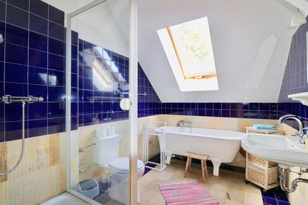 Slow Down & Relax: Das könnte dein Badezimmer sein