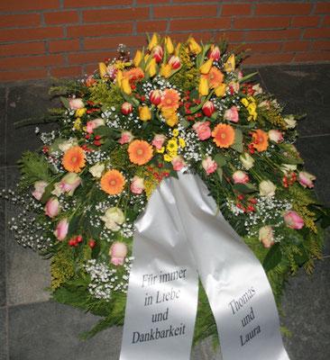 Trauerkranz ca. 120,00 - 150,00 Euro