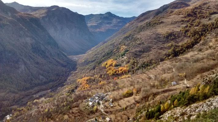 Vallée de Fressinières en direction de Dormillouse
