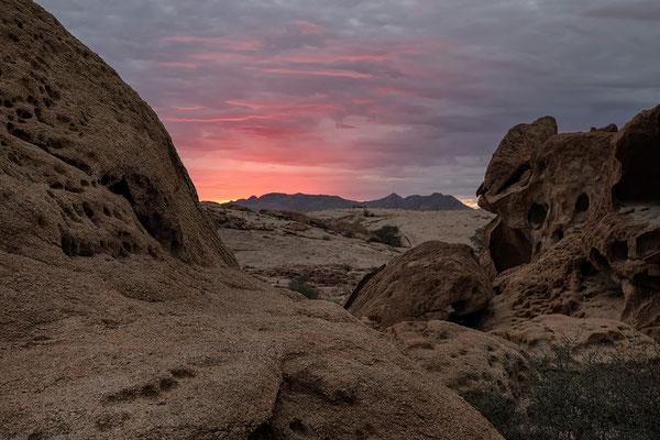 Wüstenquell, Sonnenaufgang