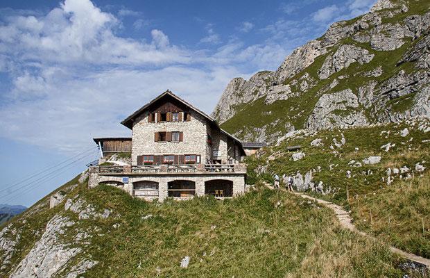 Die Kissinger Hütte (1788m)