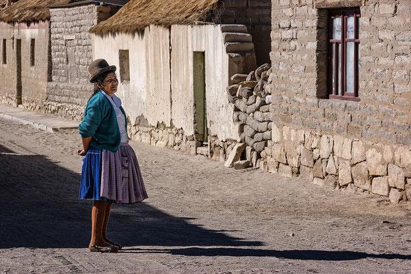 Im Dorf Villamar III
