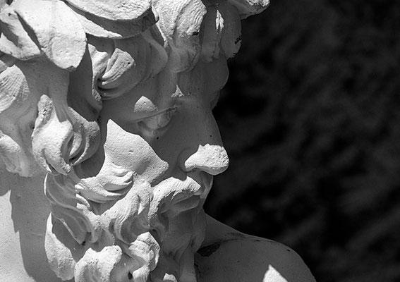 Skulptur im Schwetzinger Schlossgarten II