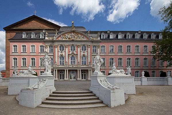 Kurfürstliches Palais I