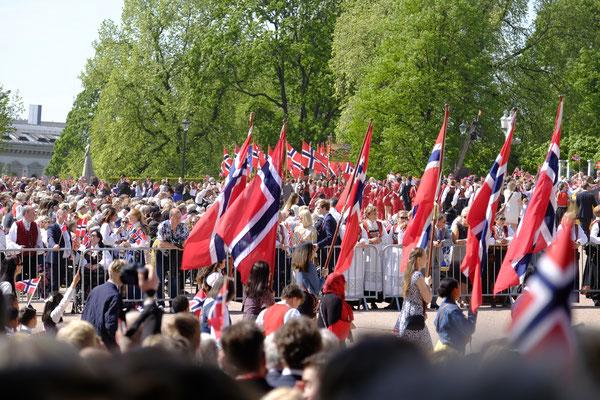Nationalfeiertag in Norwegen - Es war eindrucksvoll, aber hat uns auch zum Nachdenken gebracht...