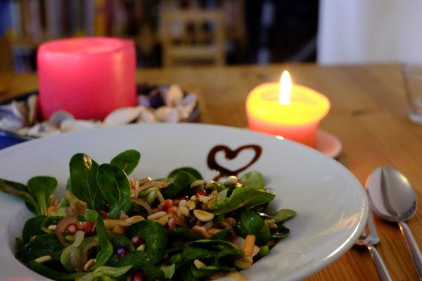 Ob Salate,...