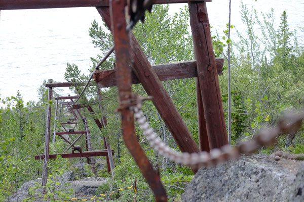 Die alte Materialseilbahn auf der Insel