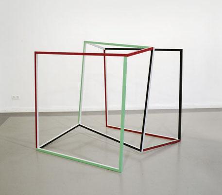 """""""Passage"""", 2013,  128 x 134 x 135cm, Holz, Acryllack"""