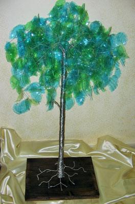 Dalla Città dell'Acciaio ..... nasce l'Albero della Vita - Scultura in filo di acciaio inox, plastica e legno - Altezza 120 cm