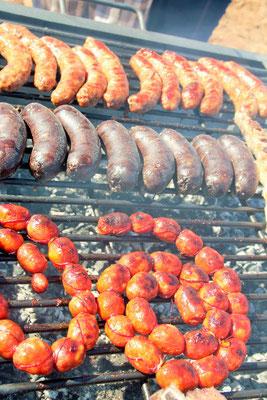Chorizos y Morcillas criollas; Choricitos Picantes