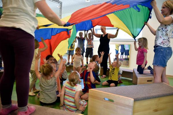 Kindertagesstätte, Kunde: von Lear Stiftung #Kinder in Turnhalle #Kindersport