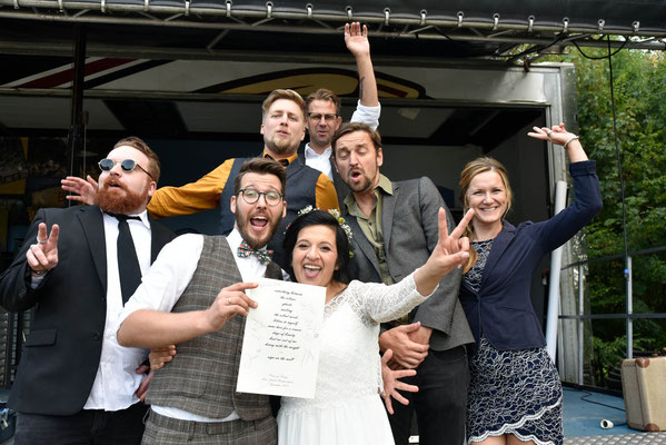 Hochzeitsfoto #Hochzeitsfoto #Bielefelder Fotograf #Familienfeier #Gruppenfoto