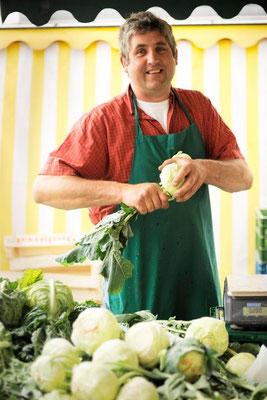 Portraitfoto Marktbeschicker  #Portraitfoto #Fotoreportage #Jürgen Volkmann Fotografie #Bielefelder Fotograf