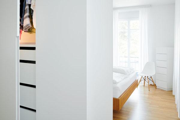 Bedroom 5-Room Apartment Zürich