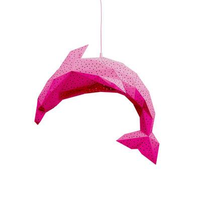 Pink und Rot kommen aus der gleichen Farbfamilie, lassen sich also gut kombinieren.