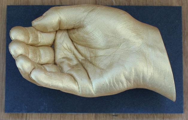 Körperabformung Hand mit Sockel