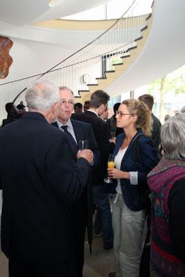 Projektleiterin Christina Künneth im Gespräch mit w. Fiegenbaum und W. Obst.