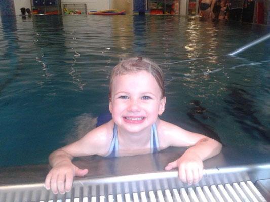 Sarah (3 Jahre und 7 Monate) 10.10.2013