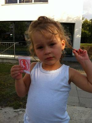 Emily (3 Jahre und 7 Monate) 13.09.2012