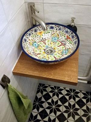 Kleines Aufsatzwaschbecken für Gäste-WC, hier das MEX2 Aventura