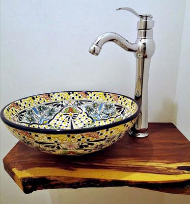 Kleines Aufsatzwaschbecken für Gäste-WC, hier das MEX2 Belleza