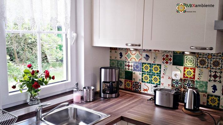 Bunter Fliesenspiegel für die Küche - kölpinsee-ferienhaus.de