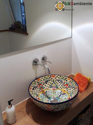 Bunte Waschschale MEX3 Caribe im Badezimmer (rund 39 cm)