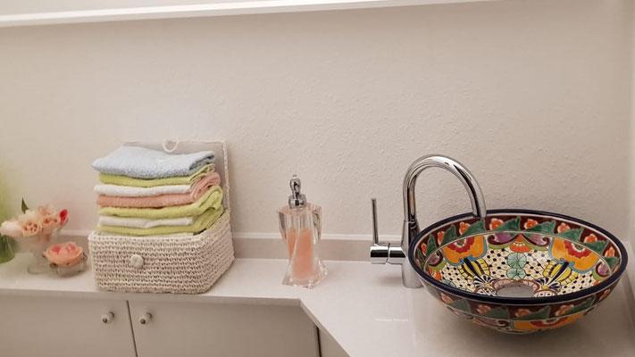 Kleines Aufsatzwaschbecken MEX2 Frida (ca. 35 cm) für Gäste-WC