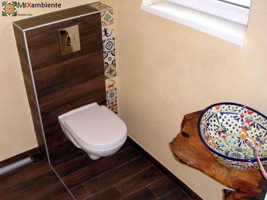 Originelles Bad mit Dekorfliesen 11x11 & Aufsatzwaschbecken Caribe MEX7 oval