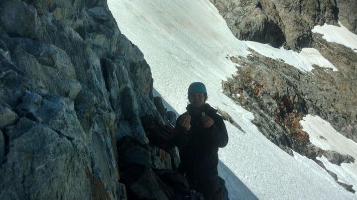 Kleine Bergkristalle am Wandfuss