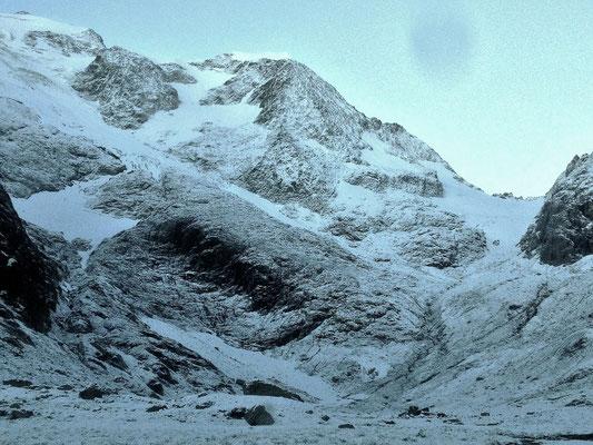 Oktoberstrahlen: Kalte und verschneite Umstände am Susten