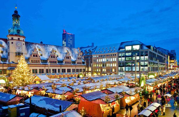 Leipziger Weihnachtsmarkt fotografiert für Leipzig Tourist Marketing - © Dirk Brzoska