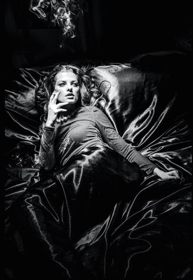 V I C T O R I A - black velvet - © Dirk Brzoska - Fotograf aus Leipzig